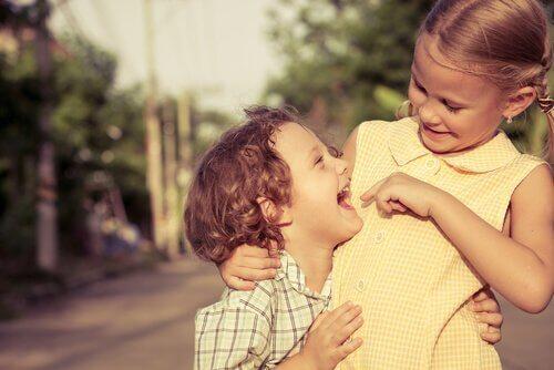 Søskendeforhold: Fakta om forhold mellem søskende
