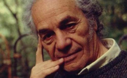 7 uforglemmelige citater af Nicanor Parra