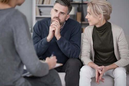 par sammen med psykolog, taler om substantiv sexologi