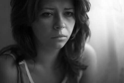 Tillært hjælpeløshed: Et psykologisk anker