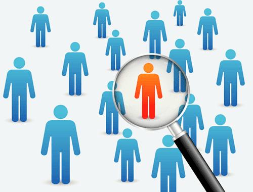 En person skiller sig ud i et gruppeinterview