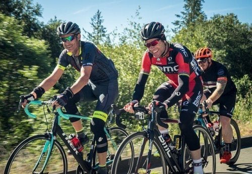 Holdsport, såsom cykling, har den største positive effekt