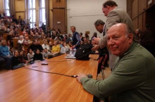 Imre Kertesz er Ungarns eneste nobelprisvinder