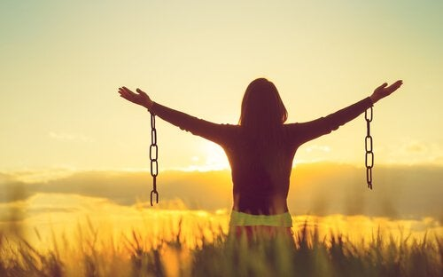 Bliver du lykkeligere ved at acceptere negative følelser?