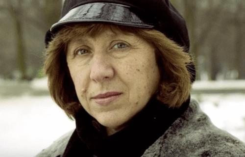 Alexievich kan ikke vende tilbage til sit hjemland