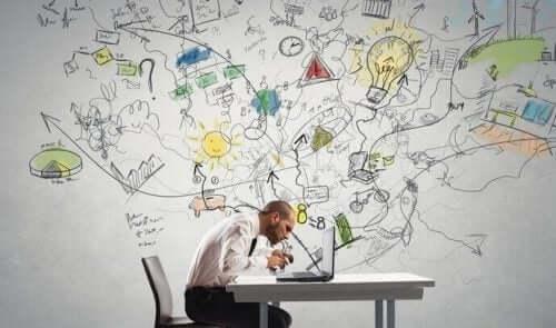 Mand med masser ideer er i gang med at træne fokus