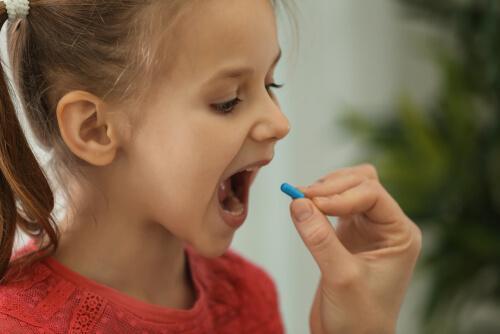 Mange børn og unge tager piller
