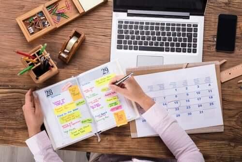 Sådan kan du bedre organisere tiden