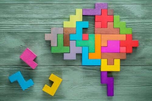 Hjerne lavet af tetrisbrikker