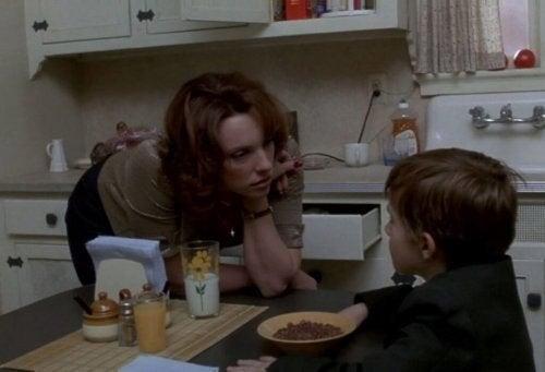 Mor og søn fra den populære 90'er film