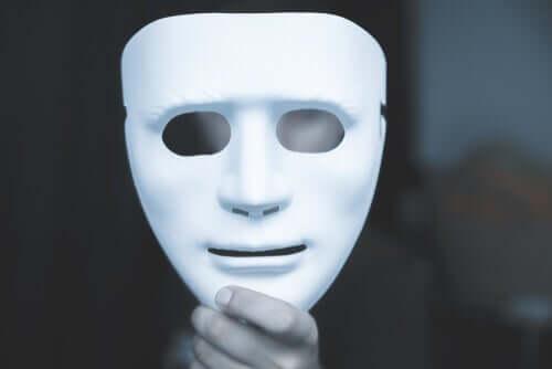Hvide løgne, kompulsive løgne og patologiske løgne
