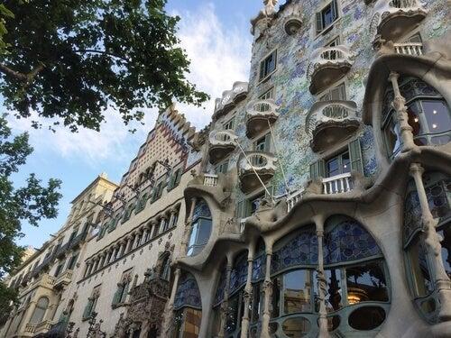 Gaudi så alt i tre dimensioner, som denne bygning illustrerer