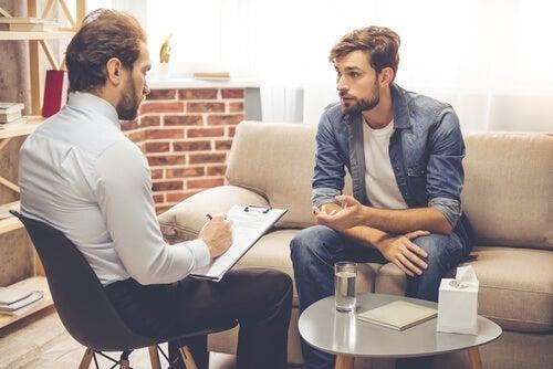 Klient og terapeut, der anvender rådgivningskompetence til psykoterapi
