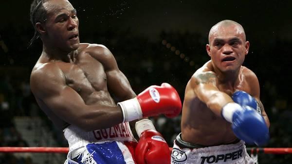 To boksere i ringen risikerer at lide af dementia pugilistica