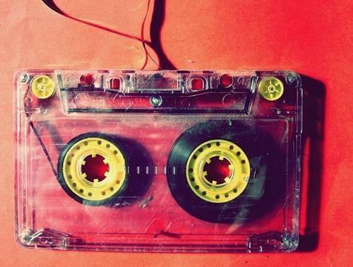Gammelt kassettebånd
