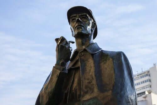 statue af Sherlock Holmes