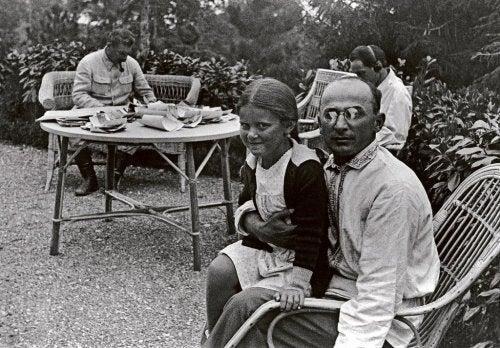 Svetlana sammen med Stalin