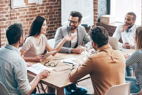 Møde i en virksomhed