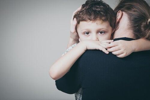 mor, der krammer sit barn