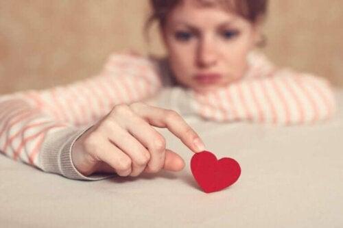 Faren ved at have for høje forventninger i et forhold