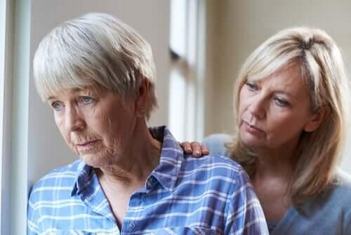 mor med demens