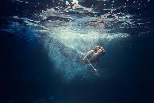 Havfrue under vand
