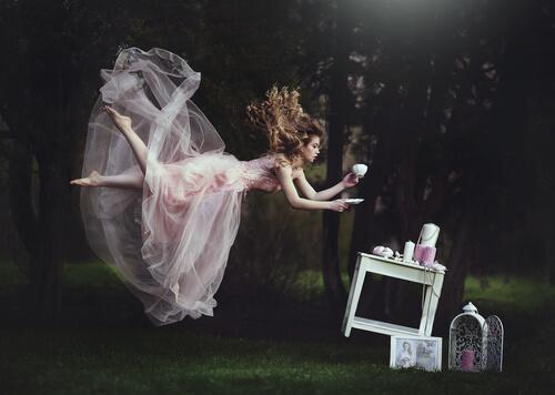 Feer og hekse: Kvindelige stereotyper i eventyr