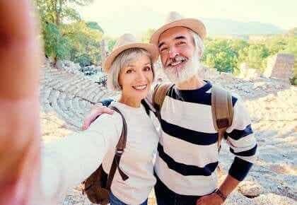De midaldrende har en tendens til at være de lykkeligste