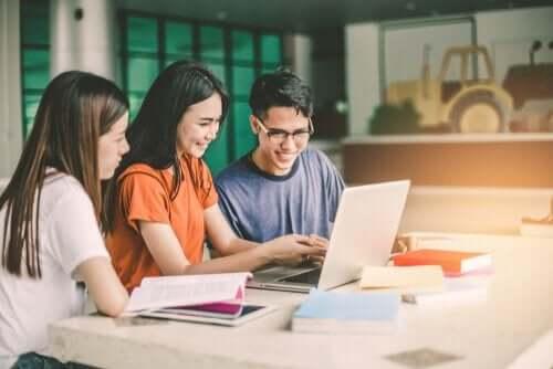 Studiegrupper er meget effektive til at forberede dig til eksamen