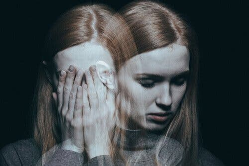 Paranoid psykose: Symptomer og behandling