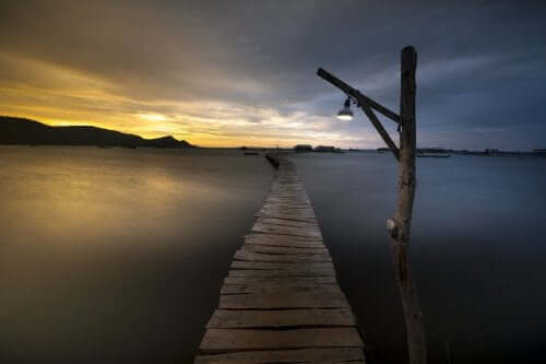 Bro mod solopgang