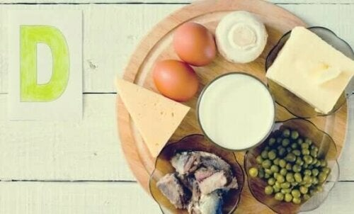Fødevarer med D-vitamin kan være en hjælp, hvis man oplever mangel på sollys under lockdown