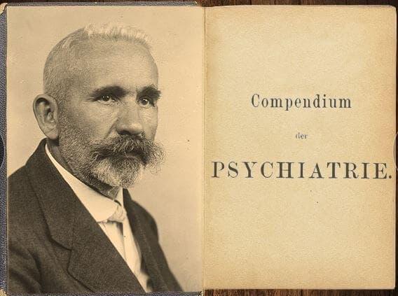 Emil og forsiden på hans kompendium