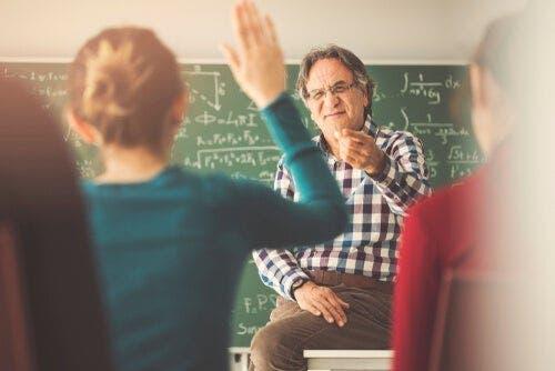 Denne lærer forsøger at modvirke Golem effekten og udfordrer sine elever