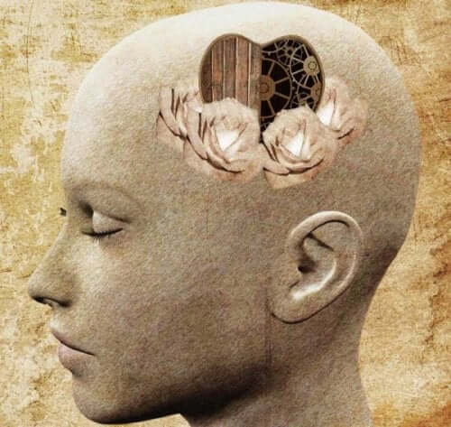 Statue med hjerte i hjerne symboliserer behovet for mere medfølelse
