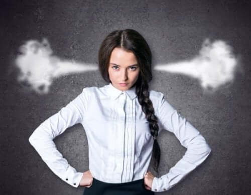 Voksne har også raserianfald ligesom denne kvinde med damp ud af ørerne