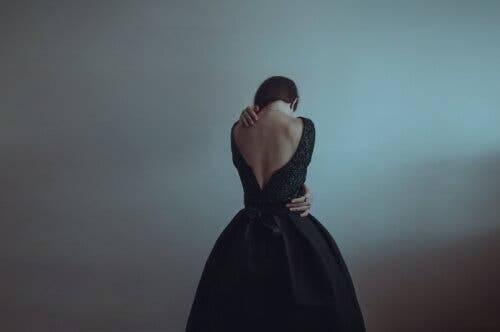 At være alene er ikke det samme som at føle sig alene