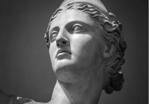 Statue af Artemis