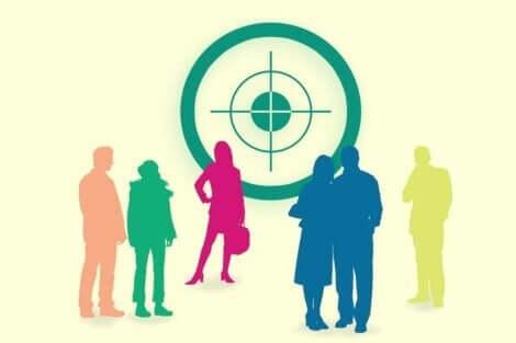 Zulliger testen illustreres af mennesker foran målskive