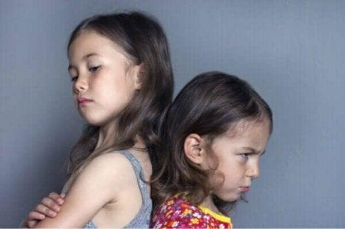 Konsekvenserne af at ignorere jalousi hos børn