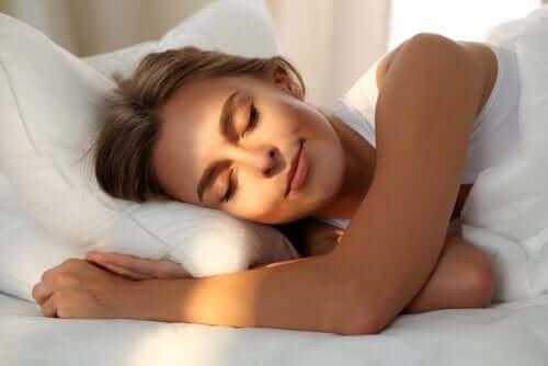 Kvinder nyder en god nattesøvn