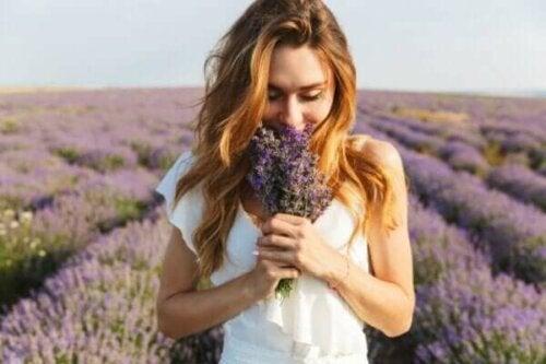 Hvad er olfaktorisk hukommelse, og hvordan virker det?