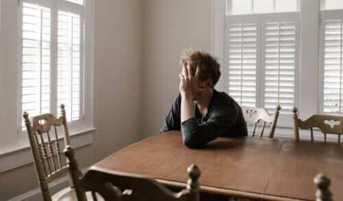 Krisetræthed: Når virkeligheden er overvældende
