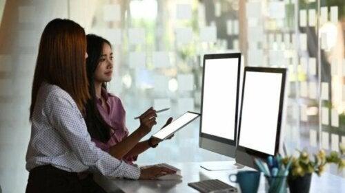 Sideordnet ledelse: En fremtidig ledelsesmodel på arbejdspladsen?