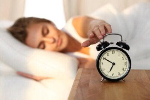 At vågne en time tidligere kan hjælpe med at bekæmpe depression