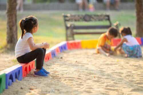 Hvad kan du gøre, hvis dit barn ikke har nogen venner?
